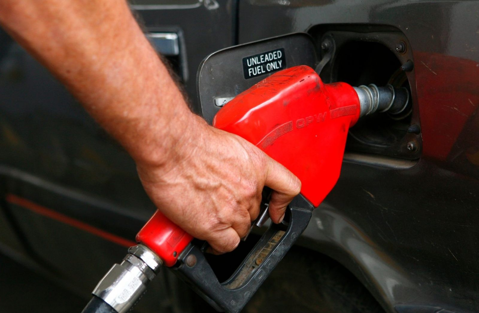 Ethanol share in Brazil's fuel mix set to rise on Petrobras price decision